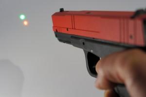 Lasers verde e vermelho
